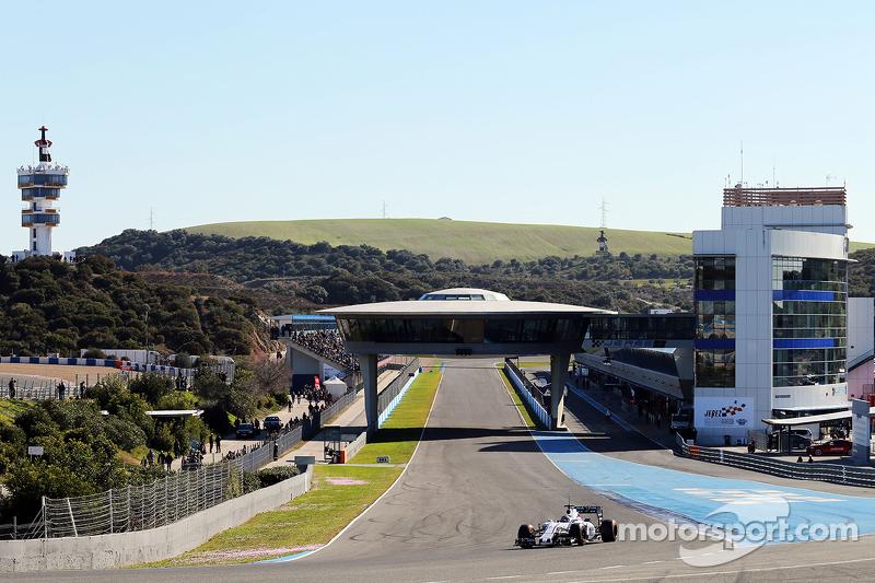 El Williams FW37 de Valtteri Bottas