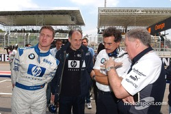 Ralf Schumacher with Dr Mario Theissen and Patrick Head