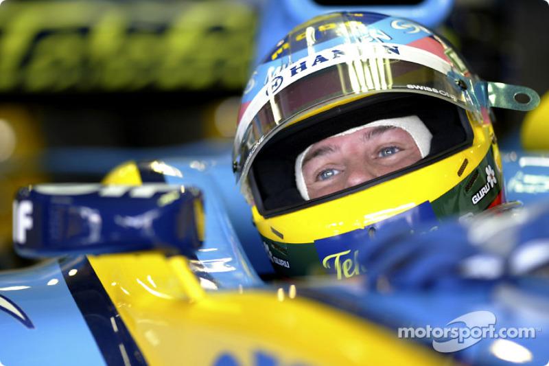 2004 год: Жак Вильнев, Renault. С 16 по 18 Гран При сезона