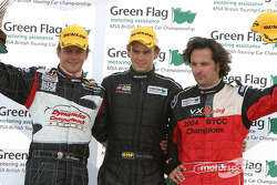 Podium: race winner Tom Chilton with Yvan Muller and Dan Eaves