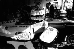 BAR-Honda takım elemanı, work