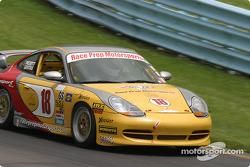 La Porsche 996 n°18 Race Prep Motorsports : Michael Levitas, Mike Pickett, Spencer Pumpelly