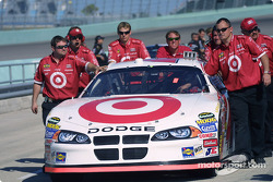 Target Dodge crew push the car to the qualifying line