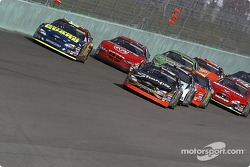 Start: Kurt Busch and Greg Biffle lead the field