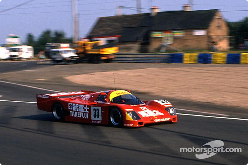 #33 Team Schuppan Porsche 962C: Вілл Хой, Жан Алезі, Домінік Добсон
