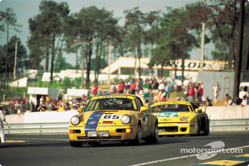 GT racing in the esses: #65 Porsche 911 Carrera RSR of Karl-Heinz Wlazik, Ulli Richter, Dirk Ebeling
