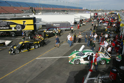 Garage area before qualifying session