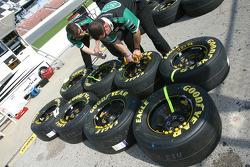 Scott's Ford crew members prepare wheels