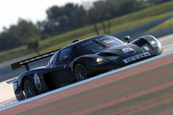 Andrea Bertolini tests the Maserati MC12 GT1