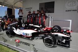 Minardi team launch: Chanock Nissany, Paul Stoddart, Patrick Friesacher and Christijan Albers