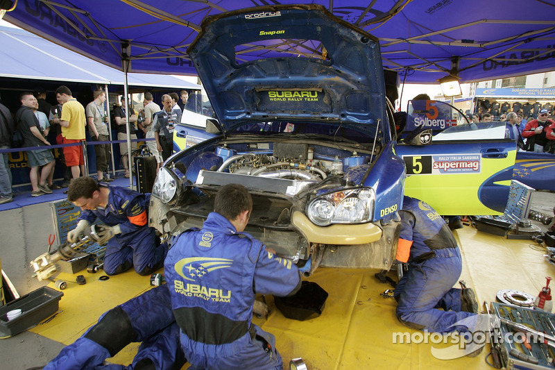 Área de servicio del Subaru World Rally Team