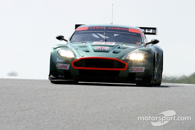 Aston Martin DBR9 : Pedro Lamy, Peter Kox