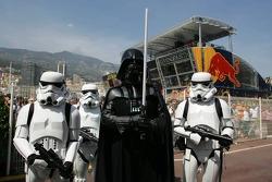 Darth Vader und seine Crew