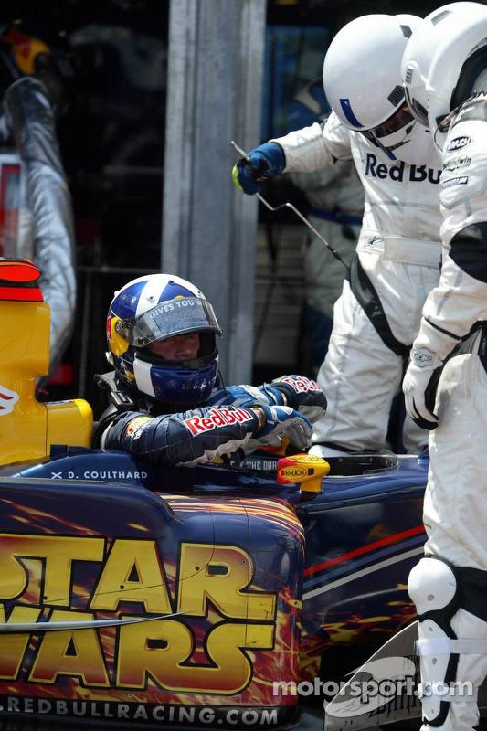 David Coulthard fuera