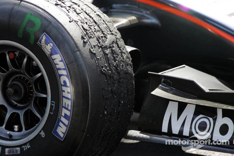 Desgaste del neumático en el McLaren de Kimi Raikkonen