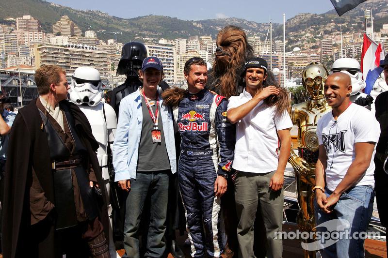 David Coulthard, Vitantonio Liuzzi y unos amigos
