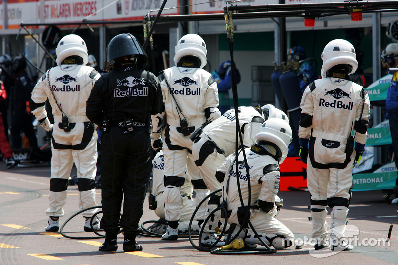 Los mecánicos de Red Bull Racing, al estilo Star Wars