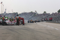 Cars leave for pace laps