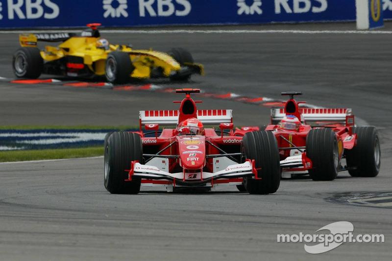 Ferrari fährt vorneweg...