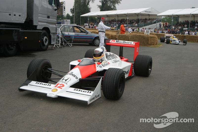 1988 McLaren-Honda MP4/4, classe 10 : Derek Bell