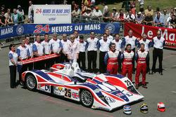 #25 RML Lola MG: Thomas Erdos, Mike Newton, Warren Hughes and team