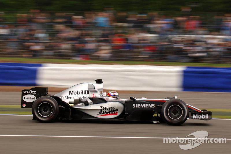 Ganador del Gran Premio de Gran Bretaña de F1 2005:  Juan Pablo Montoya (McLaren-Mercedes MP4-20)