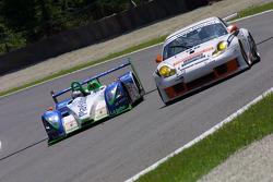 #17 Pescarolo Sport Pescarolo C60 Judd: Jean-Christophe Boullion, Emmanuel Collard, #98 James Watt Automotive Porsche 996 GT3 RS: Paul Daniels, Thierry Stepec
