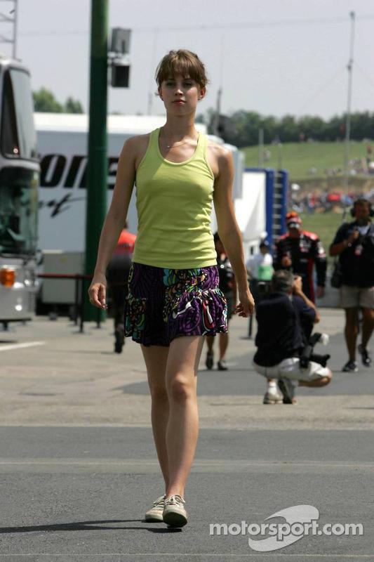Ellie Green, novia de  Jacques Villeneuve