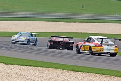 #63 Auto Gallery/ TRG Porsche GT3 Cup: Dave Master, Marc Bullock, #4 Howard - Boss Motorsports Pontiac Crawford: Butch Leitzinger, Elliott Forbes-Robinson