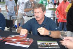 Autograph session: Terry Labonte