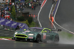 #28 Aston Martin Aston Martin DBR9: David Brabham, Darren Turner, Stephane Sarrazin