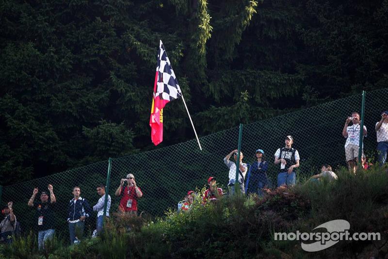 Ferrari fans en Spa