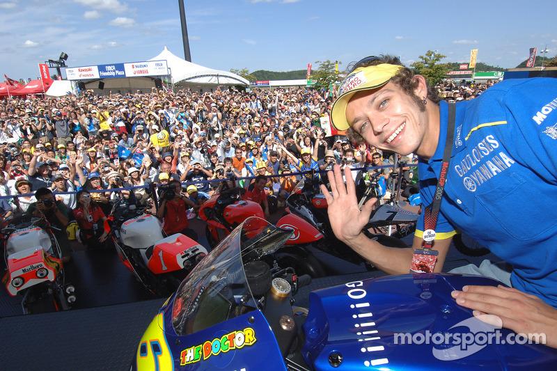 Valentino Rossi y los fans japoneses