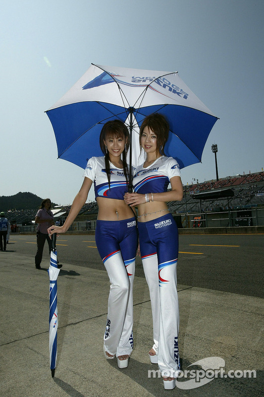 Hermosas chicas Suzuki