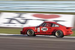 1976 Porsche 911-10
