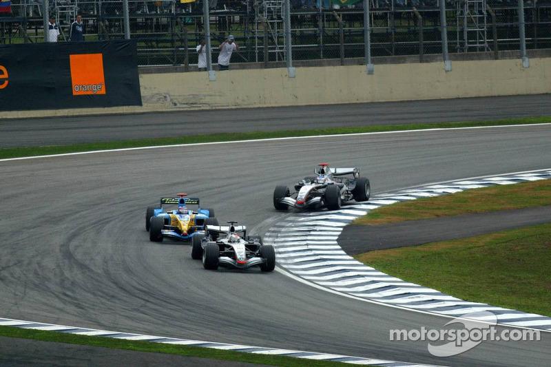 Juan Pablo Montoya, Fernando Alonso y Kimi Raikkonen