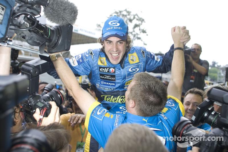 Гран При Бразилии-2005: первый титул в карьере