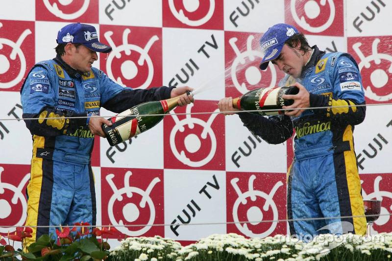 Podio: segundo lugar Giancarlo Fisichella y tercer lugar Fernando Alonso