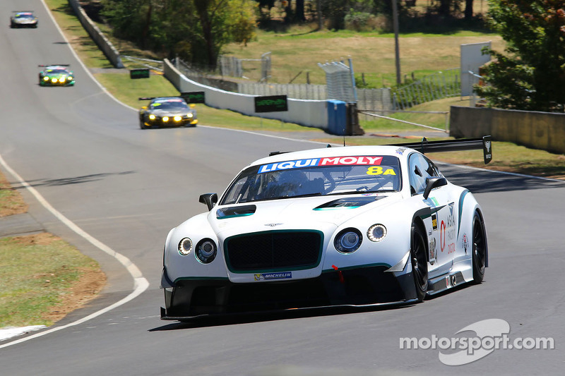 #8 Flying B Motorsport Bentley Continental GT3: Peter Edwards, John Bowe, David Brabham