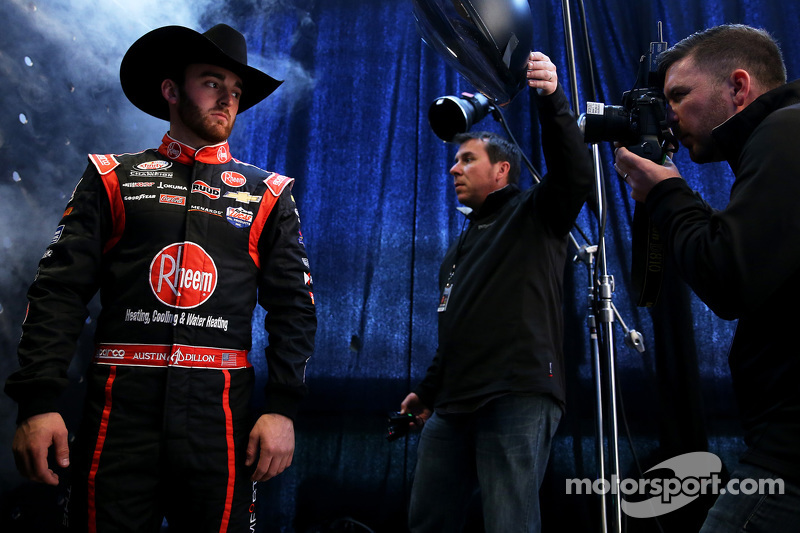 Austin Dillon, Richard Childress Racing, Chevrolet, mit den Getty Images Fotografen Brian Lawdermilk