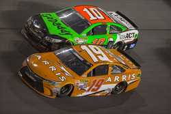 Carl Edwards, Joe Gibbs Racing, Toyota, Danica Patrick, Stewart-Haas Racing, Chevrolet
