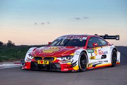 Аугусто Фарфус. BMW представила новую расцветку машины DTM, BMW представила новую расцветку машины DTM.