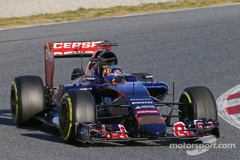 Toro Rosso 2015: Carlos Sainz Jr, Toro Rosso STR10