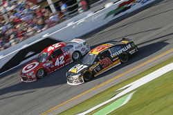 Kyle Larson, Ganassi Racing Chevrolet, Ryan Newman, Richard Childress Racing Chevrolet
