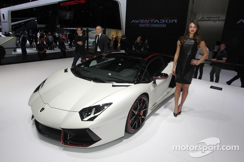 Lamborghini Aventador Pirelli SE