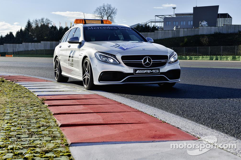 Mercedes AMG C 63 S, Medical-Car