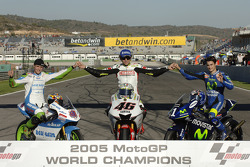 The traditional Word champions shoot: 2005 MotoGP World champion Valentino Rossi, with 125cc champion Thomas Luthi and 250cc champion Dani Pedrosa