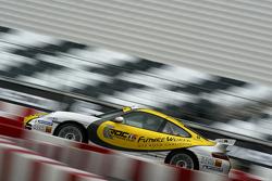 Porsche GT3 on track