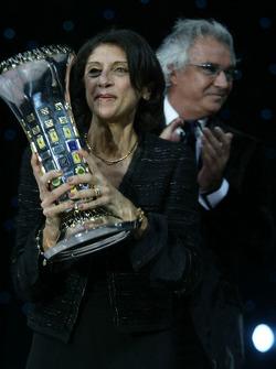 Patrizia Spinelli and Flavio Briatore celebrate Formula One constructors championship