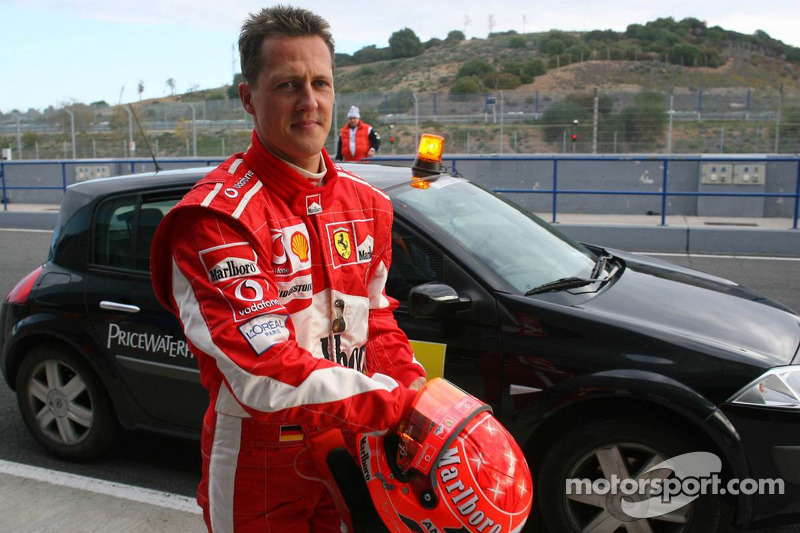 Michael Schumacher returns back to the pits
